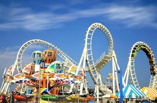 Parki rozrywki – świetna zabawa dla każdego