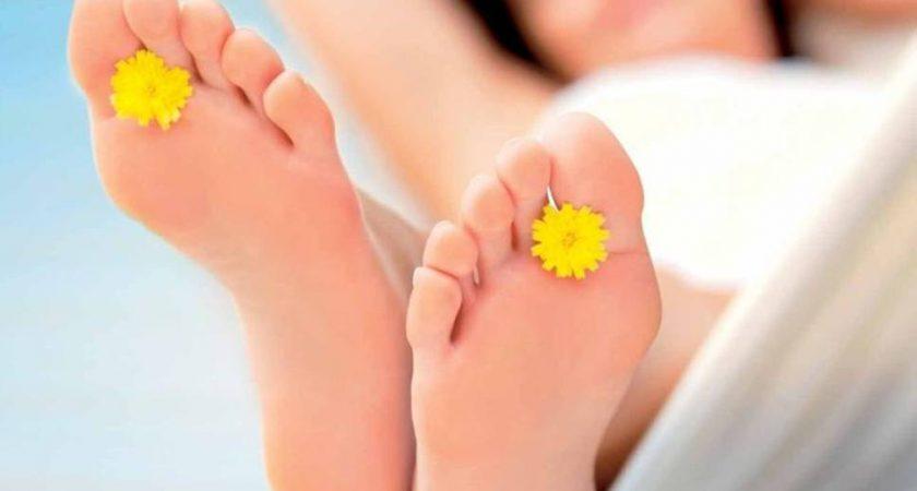 Sposoby na piękne stopy latem
